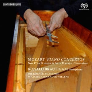 W.A.MOZART:PIANO CONCERTOS Nos. 17 & 26 (Coronation)